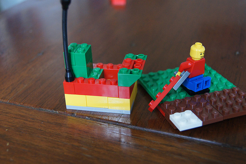 lego-creationary-game-make-your-own-rules