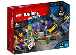 lego-10753-Atacul-lui-Joker-in-Batcave.jpg