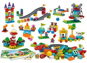 lego-45024-Parcul-STEAM.jpg
