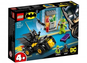 lego-76137-Batman-contra-lui-Riddler.jpg