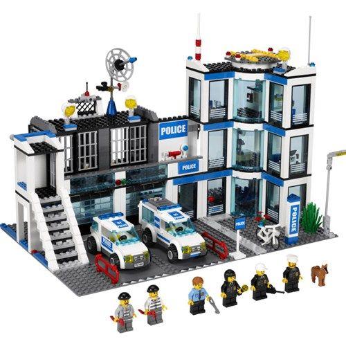 lego-city-statie-de-politie-10637