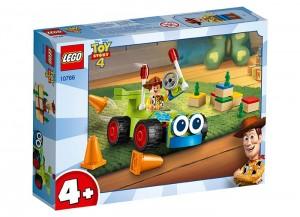 lego-10766-Woody-si-RC.jpg